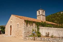 Die Gemeindekirche von Aiguines