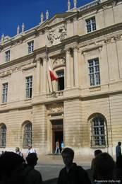 Das Rathaus von Arles