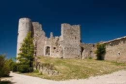 Ruinen des Schlosses in Bargème