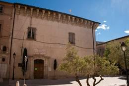 Palais des Comtes de Provence in der Altstadt von Brignoles
