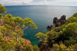 Weiterer wunderschöner Ausblick auf das Mittelmeer am Cap Dramont
