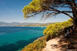 Was für ein Ausblick, hinter jeder Biegung des Weges zum Kap ergibt sich ein neuer wunderschöner Anblick der Küstenlandschaft