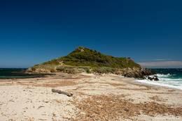 Dieser Strand verbindet das Cap Taillat mit dem Festland