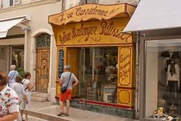Eine Bäckerei in den Straßen von Cassis