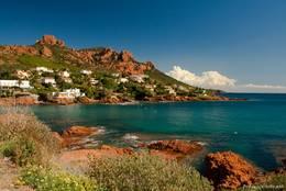 Die Mittelmeerküste des Esterel-Massivs bei Anthéor