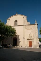Die Kirche mit dem Eingang