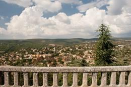 Ausblick über Forcalquier von der Kapelle Notre-Dame-de-Provence