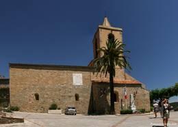 Die Kirche Saint-Michel in der Seitenansicht