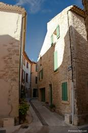 Alte Gasse in La Tour-d'Aigues