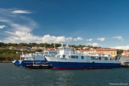 Der Hafen von La Tour Fondue, von hier besteht eine Fährverbindung zwischen der Halbinsel Giens und der Insel Porquerolles