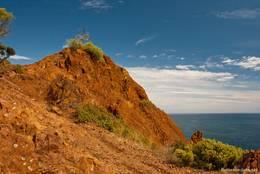 Die roten Felsen des Esterel-Gebires am Cap Dramont