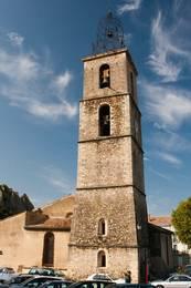 Die romanische Kirche Notre-Dame-de-l'Olivier in Les Mées