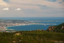 Ausblick vom Mont Vinaigre auf die Gegend um Cannes und das Mittelmeer