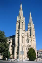 Die neugotische Kirche Saint-Baudile im Nordosten der Altstadt von Nîmes