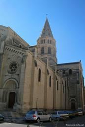 Die Kirche Saint-Paul im Westen der Altstadt