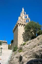 Der Tour Randonne bzw. die Kapelle Notre-Dame de Bon Secours in Nyons