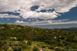 Das Pays de Fayence, hier der Blick auf die Gegend um Montauroux