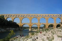 Das römische Aquädukt Pont du Gard