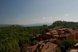Ausblick auf Teile des Dorfes Roussillon