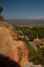 Aussicht von Roussillon in die umliegende Landschaft
