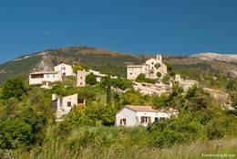 Das Dorf Saint-Jurs