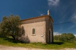 Die Kapelle Saint-Joseph am Ortsrand von Saint-Paul-en-Forêt