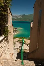 Da Sainte-Croix-du-Verdon am Hang liegt gibt es im Dorf einige Treppen