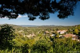 Ausblick von Seillans über das Pays de Fayence
