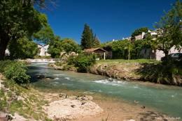 Der Flusslauf der Nartuby in Trans-en-Provence