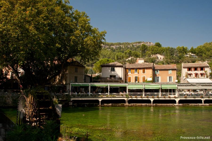 Fontaine de vaucluse provence - Fontaine de vaucluse office de tourisme ...
